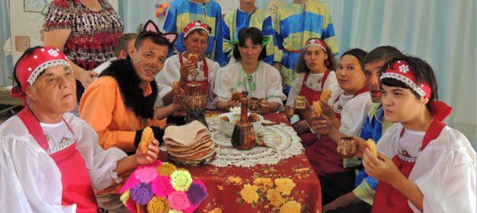 Фольклорный праздник «В гостях у бабушки»