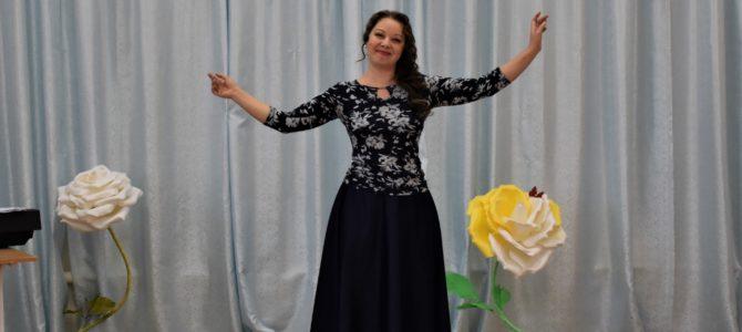 Выступление артистов Астраханского театра Оперы и Балета